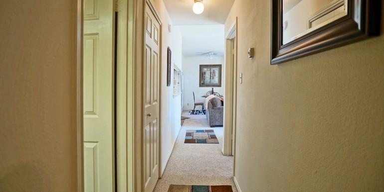 Bedrooms_Hallway_Furnished